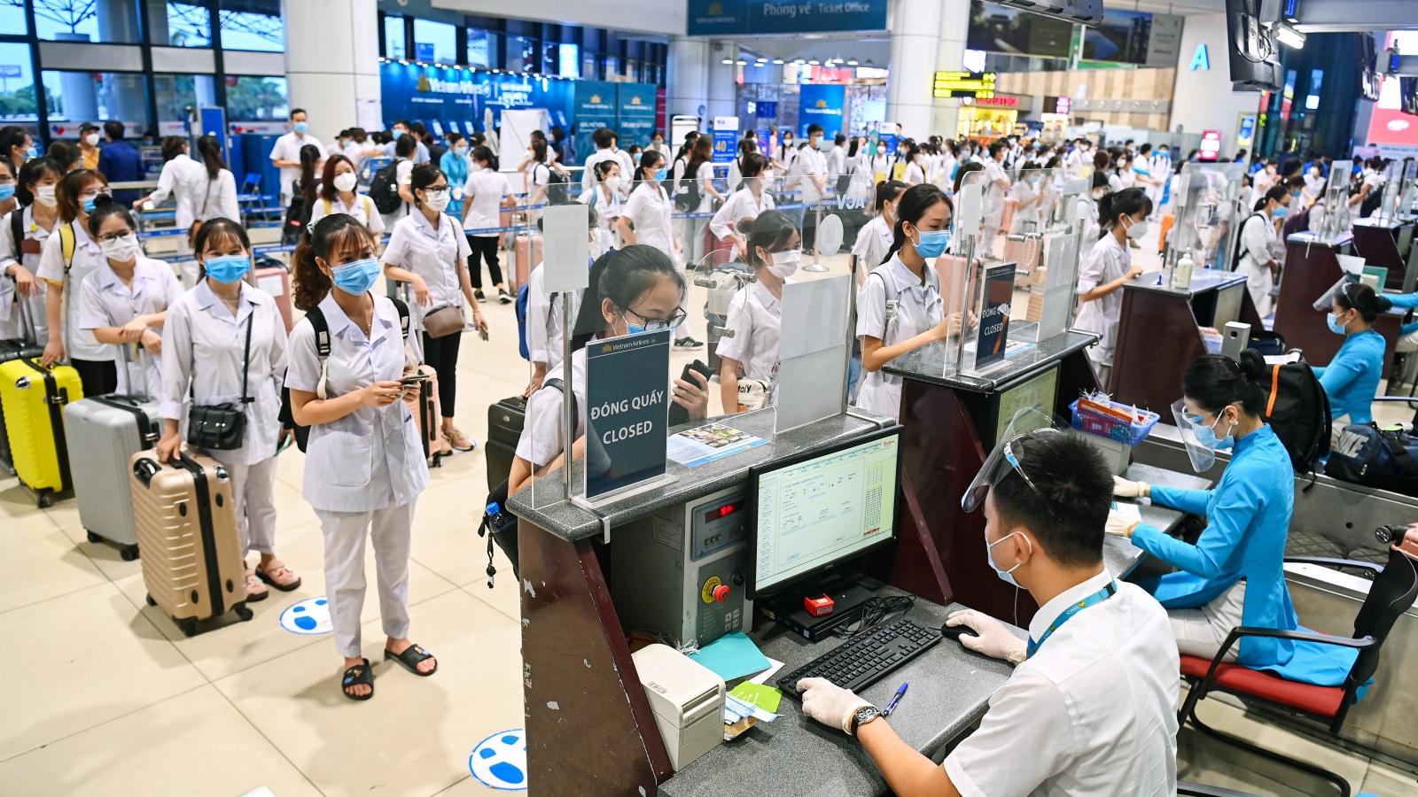 """Mở """"luồng xanh"""" hỗ trợ hành khách bay quốc tế qua nơi thực hiện Chỉ thị 16"""