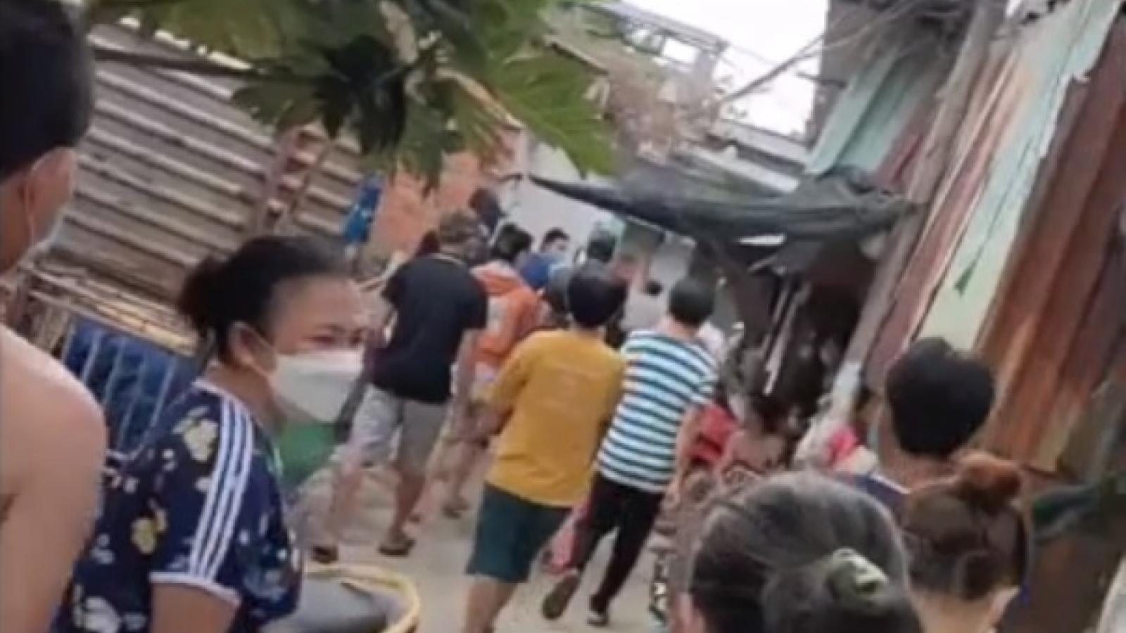 Thực hư đoạn clip trưởng ấp giấu hàng chục tấn gạo cứu trợ ở Bình Chánh, TP.HCM