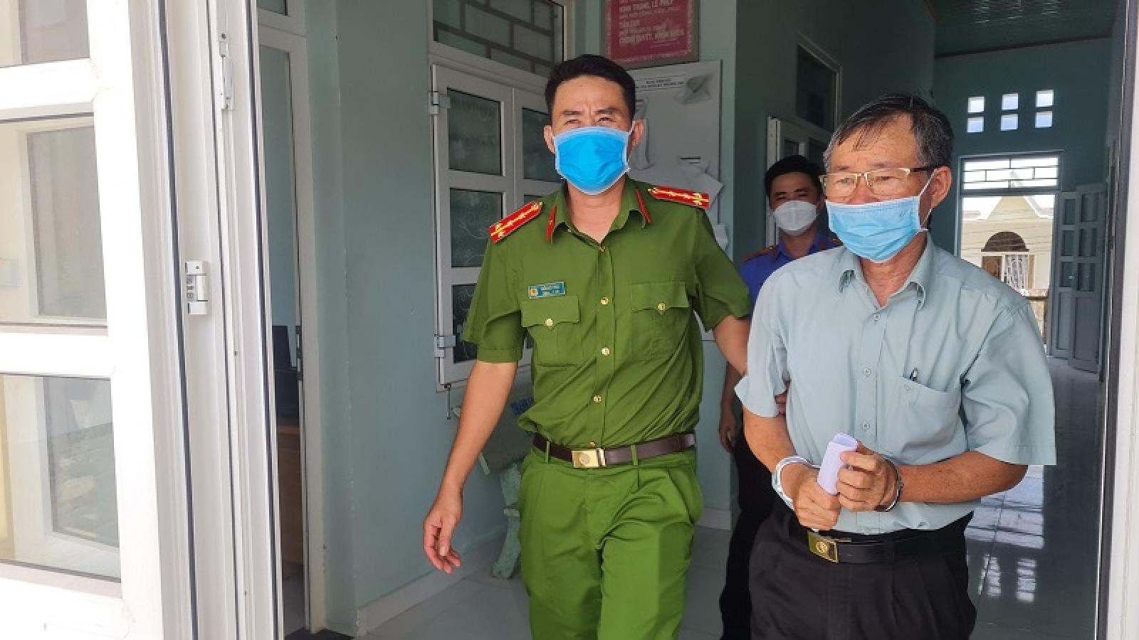 Bình Thuận bắt giam Trưởng Văn phòng công chứng Tiến Đạt