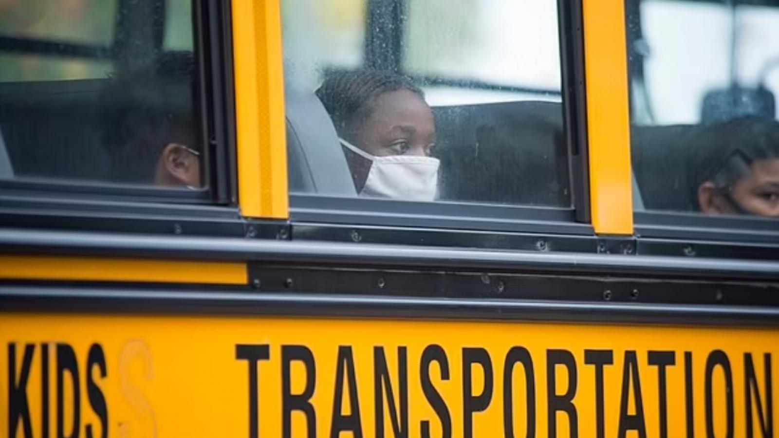 """Trẻ em mắc COVID-19 tăng cao kỷ lục tại Mỹ vì """"thảm họa Delta"""""""