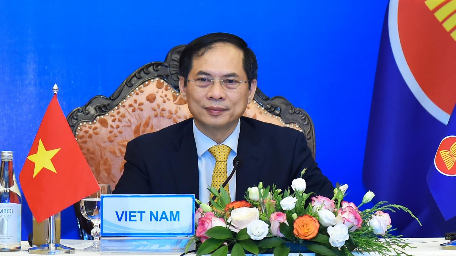 Bộ trưởng Bùi Thanh Sơn: Các nướcchia sẻ lợi ích và trách nhiệm duy trì ổn định Biển Đông