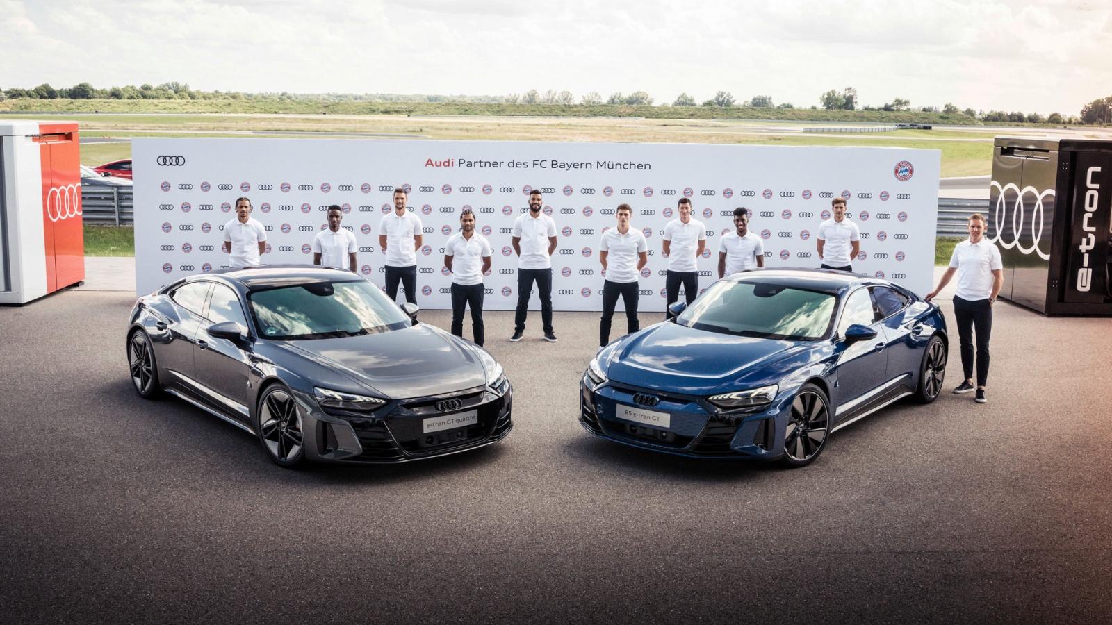 Sao FC Bayern Munich được tặng Audi e-Tron GT và RS e-Tron GT
