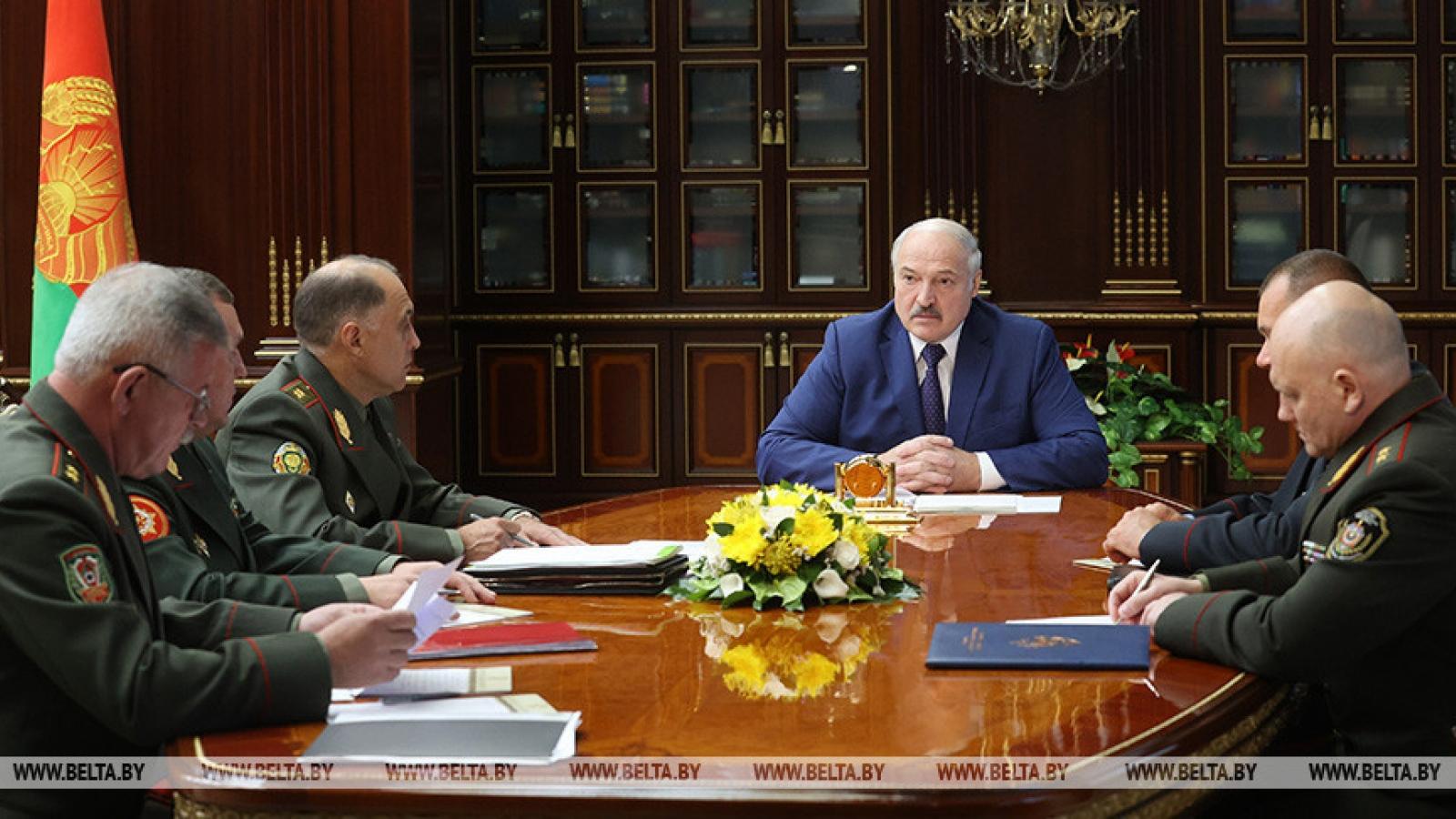 Belarus đóng cửa biên giới phía Nam và phía Tây
