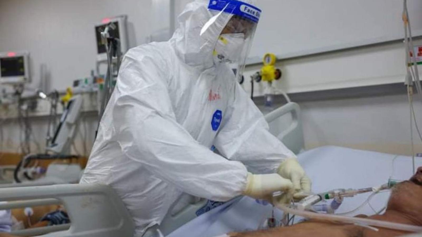 Từ 16/8, Bộ Y tế thí điểm điều trị có kiểm soát F0 tại nhà và cộng đồng ở TP.HCM