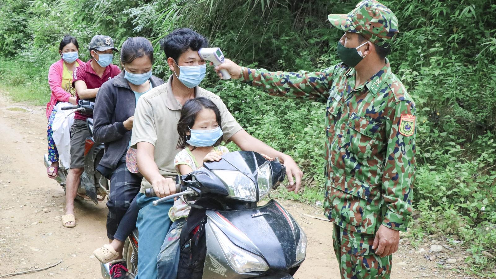 Gần 70 chốt dọc biên giới Trung Quốc và Lào, Biên phòng Điện Biên căng mình chống dịch