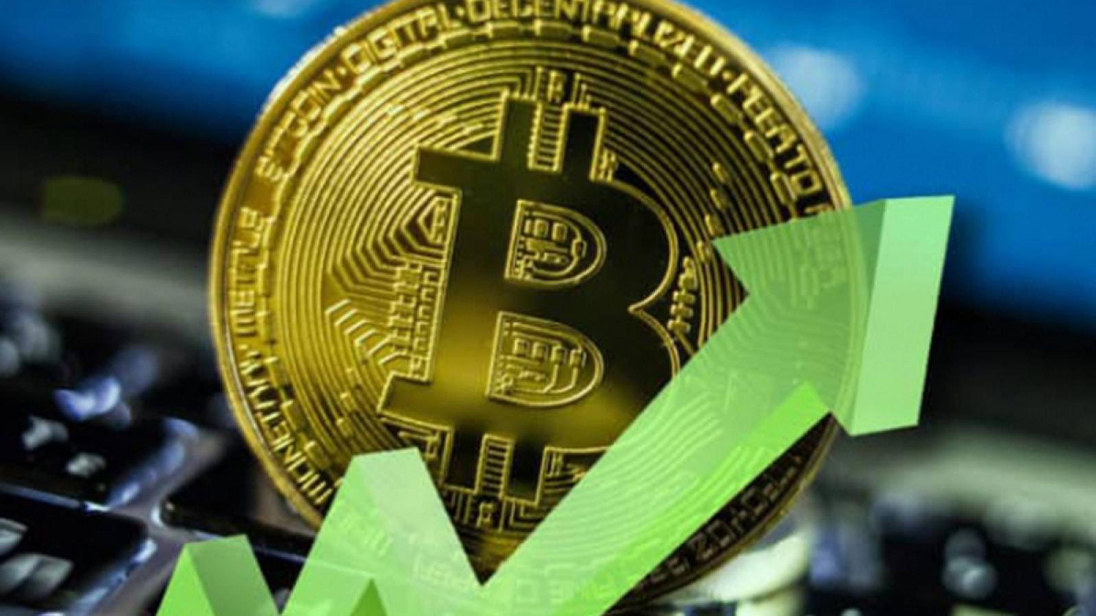 Bitcoin bất ngờ bật tăng mạnh, vượt mốc 50.000 USD