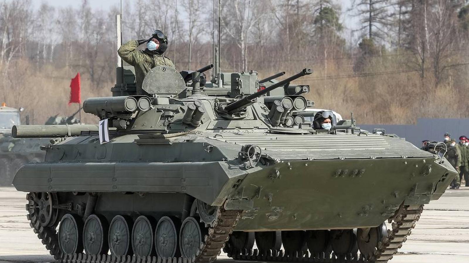 Nga điều động BMP-2M tới Tajikistan, chuẩn bị tập trận sát biên giới Afghanistan