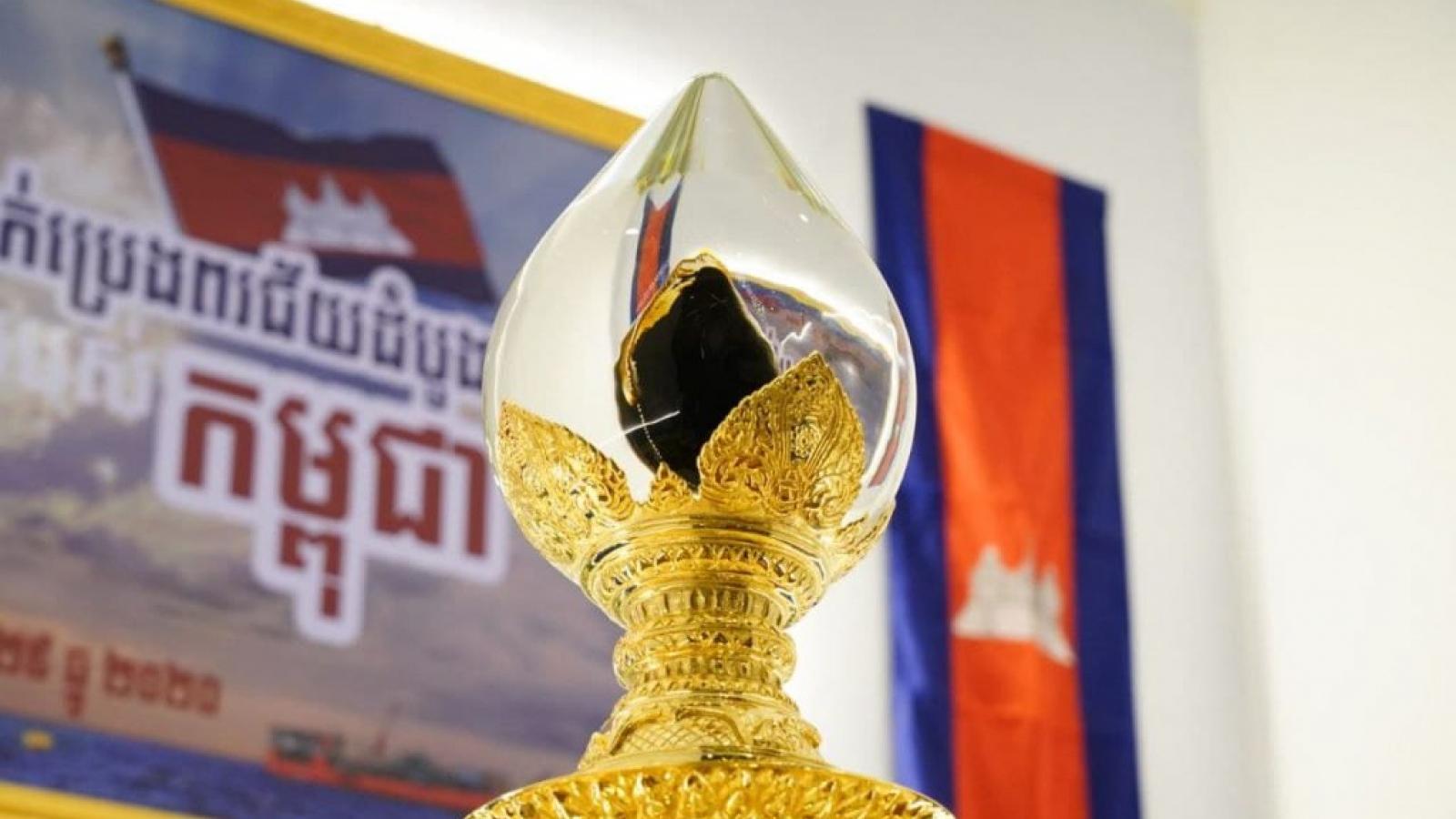 Campuchia tìm cách lấy lại gần 300.000 thùng dầu thô bị mất