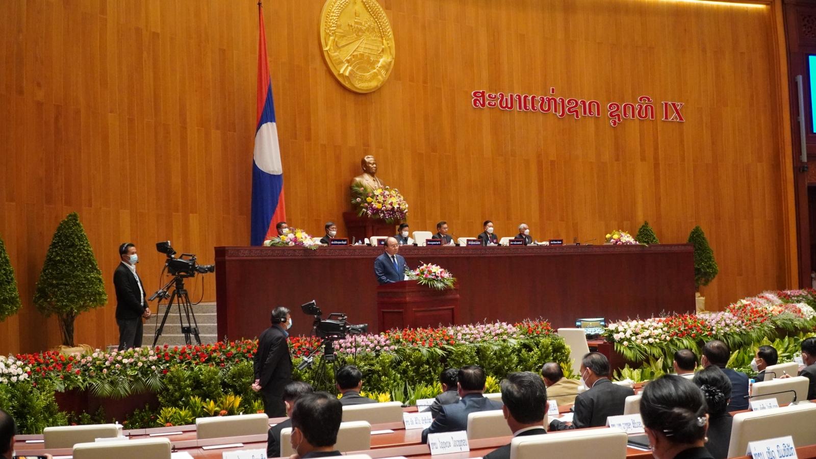 Chủ tịch nước Nguyễn Xuân Phúc nêu nhiều trụ cột hợp tác Việt-Làođểcùnggiàu mạnh