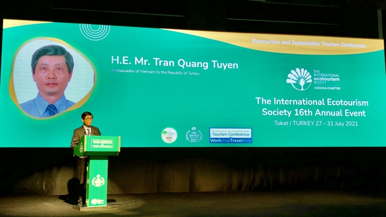 Vietnam attends Int'l Ecotourism Society conference in Turkey