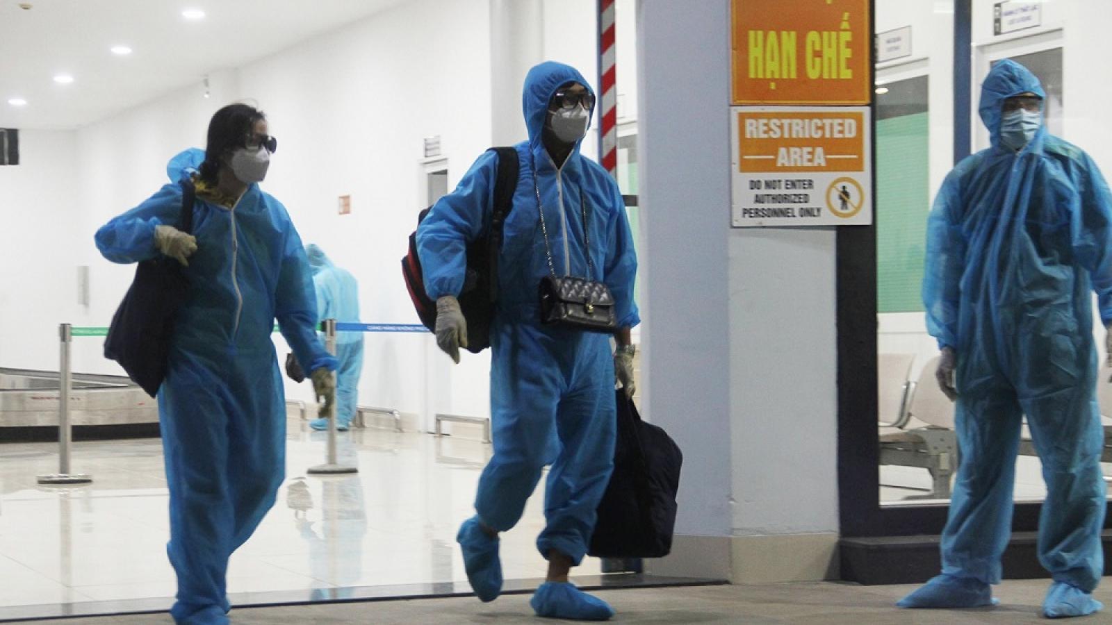 Gần 200 người dân Bình Định ở TP.HCM về quê bằng máy bay