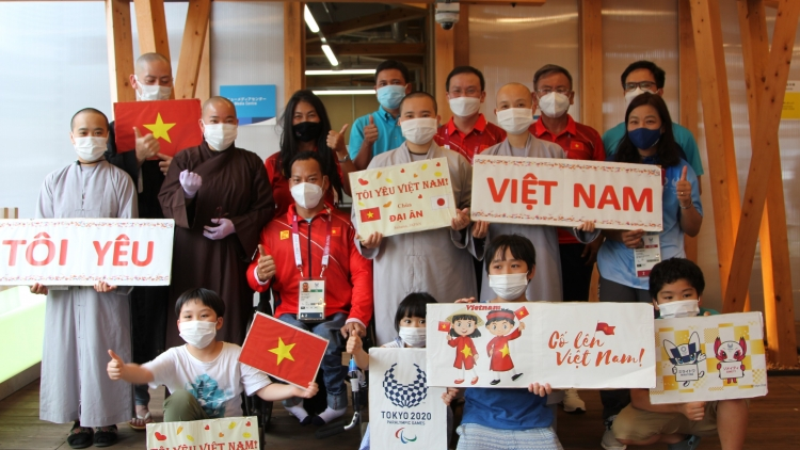 """Kiều bào Nhật Bản """"tiếp lửa"""" cho đoàn TTNKT Việt Nam dự Paralympic Tokyo 2020"""
