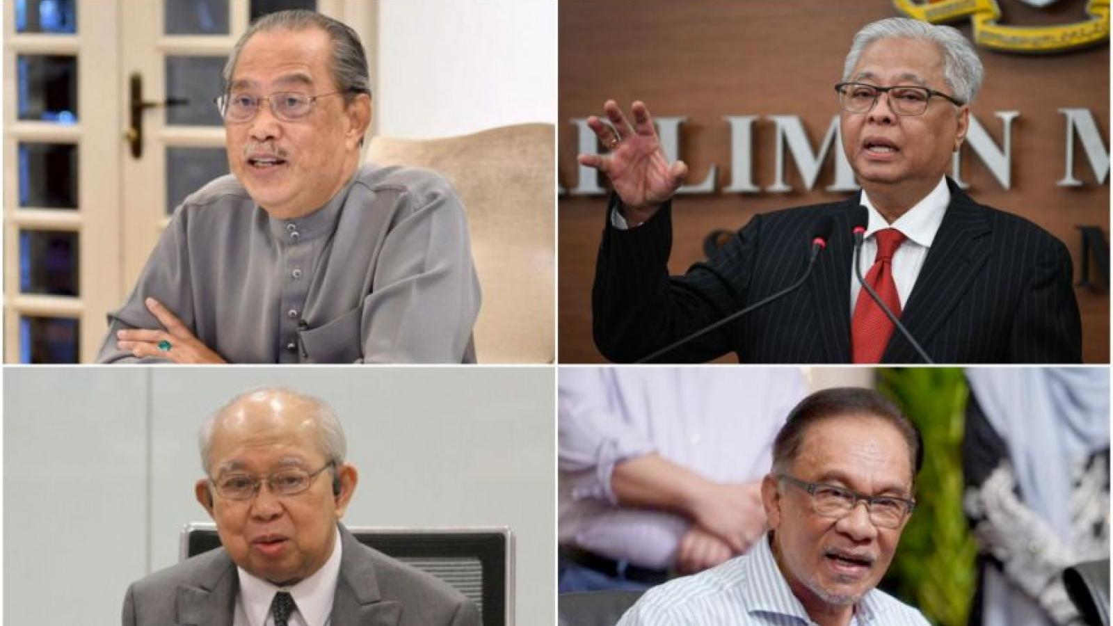 Thủ tướng và nội các từ chức, kịch bản nào cho Malaysia?