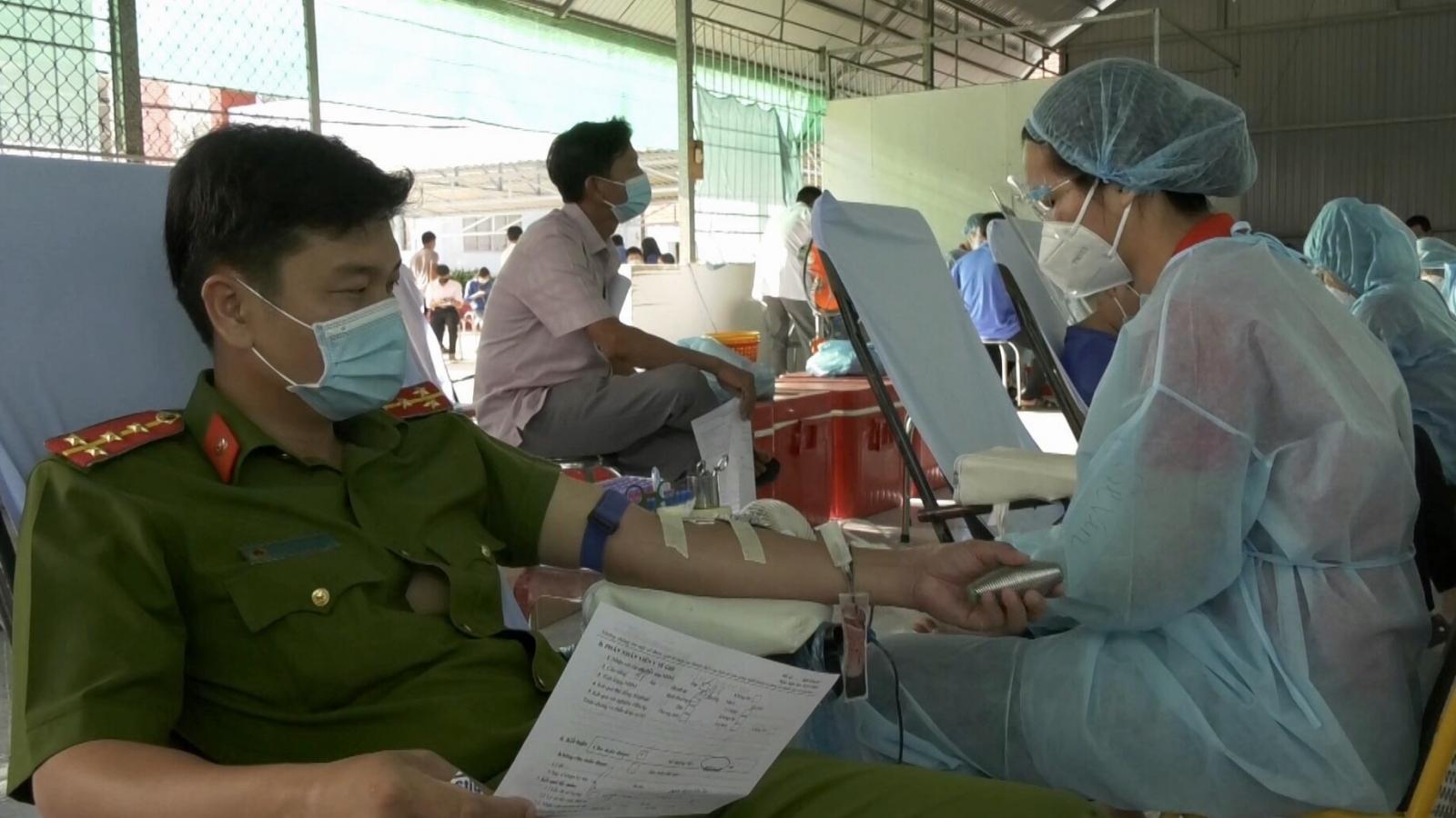 Bạc Liêu, Hậu Giang tổ chức hiến máu tình nguyện