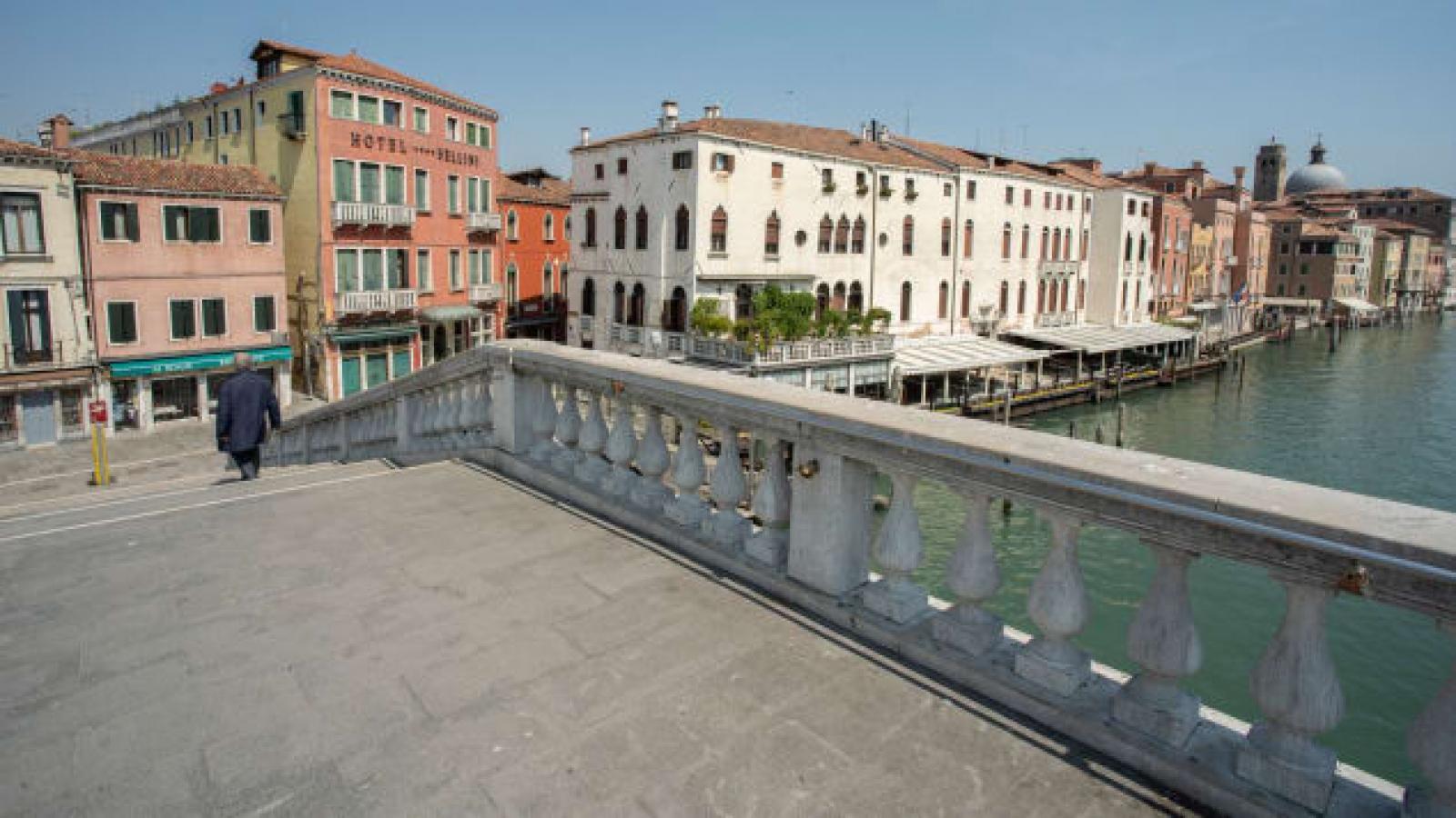 Venice sửa sang đường phố vì du khách khuyết tật