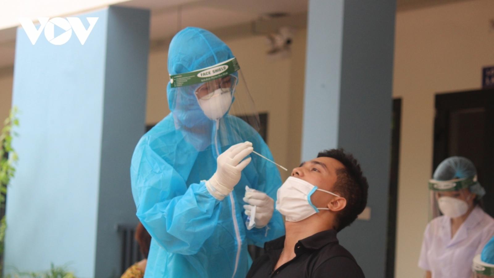 Ngày 13/8, Việt Nam có hơn 9.000 ca mắc COVID-19 mới, 275 người tử vong