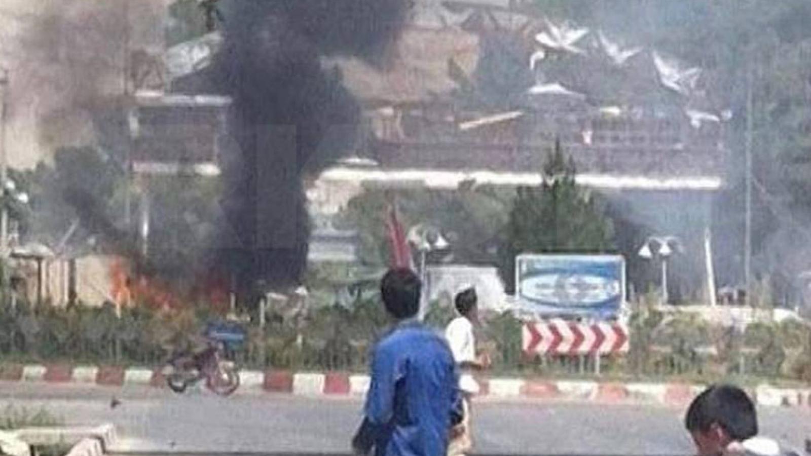 Hơn 160 người thương vong sau 2 vụ nổ tại Kabul (Afghanistan)