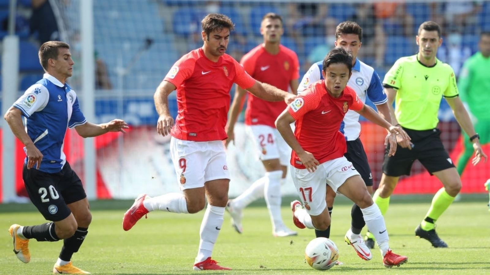 Bóng đá Nhật Bản dẫn đầu châu Á về số cầu thủ thi đấu tại châu Âu