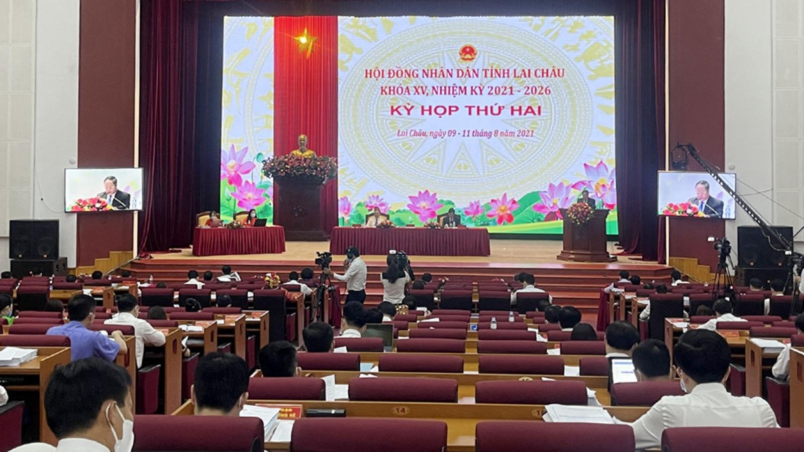 Kỳ họp thứ 2 HĐND tỉnh Lai Châu: Hơn 300 đại biểu được xét nghiệm Covid-19