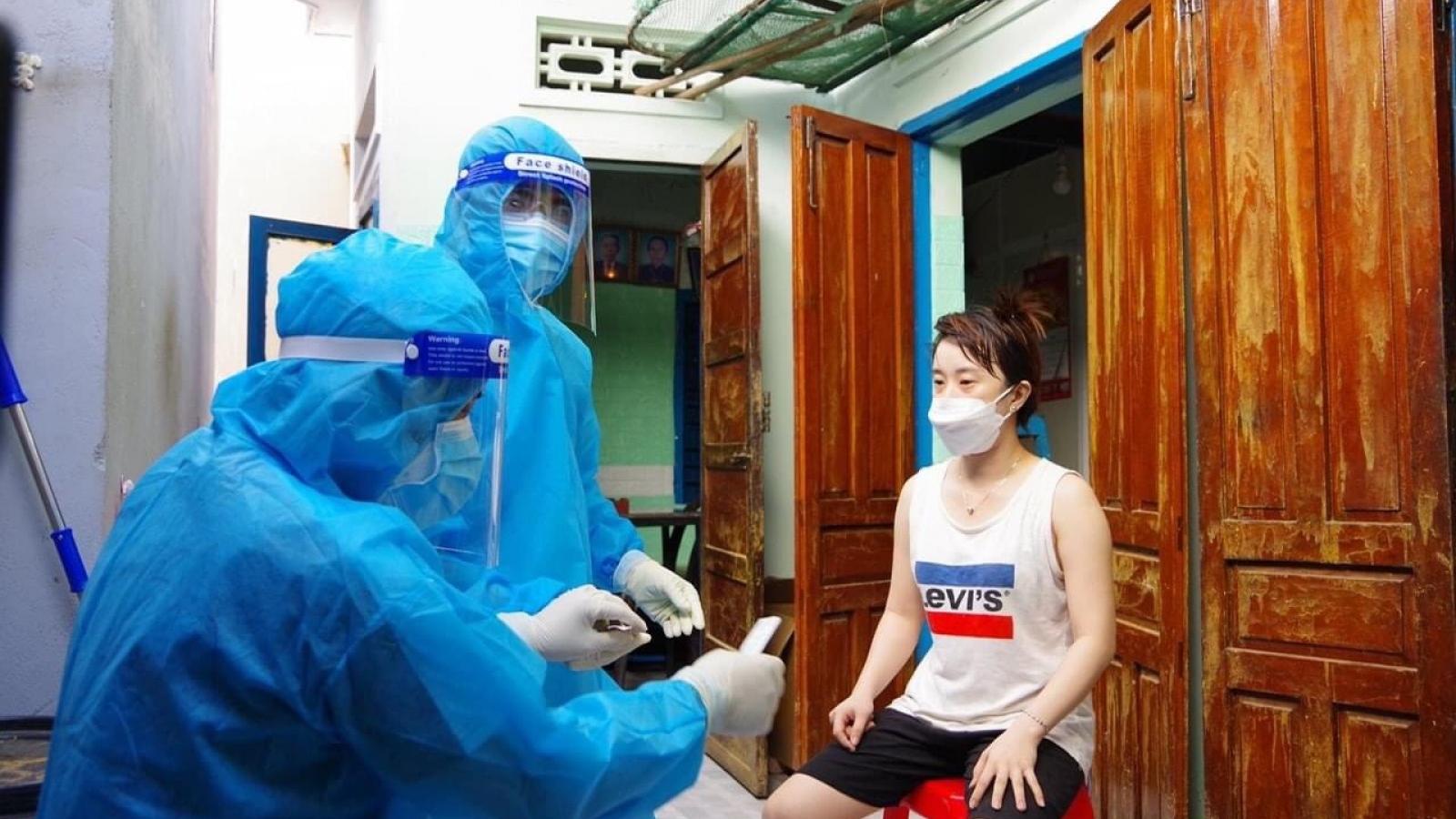 Nha Trang test nhanh gần 180.000 người, phát hiện 36 ca dương tính
