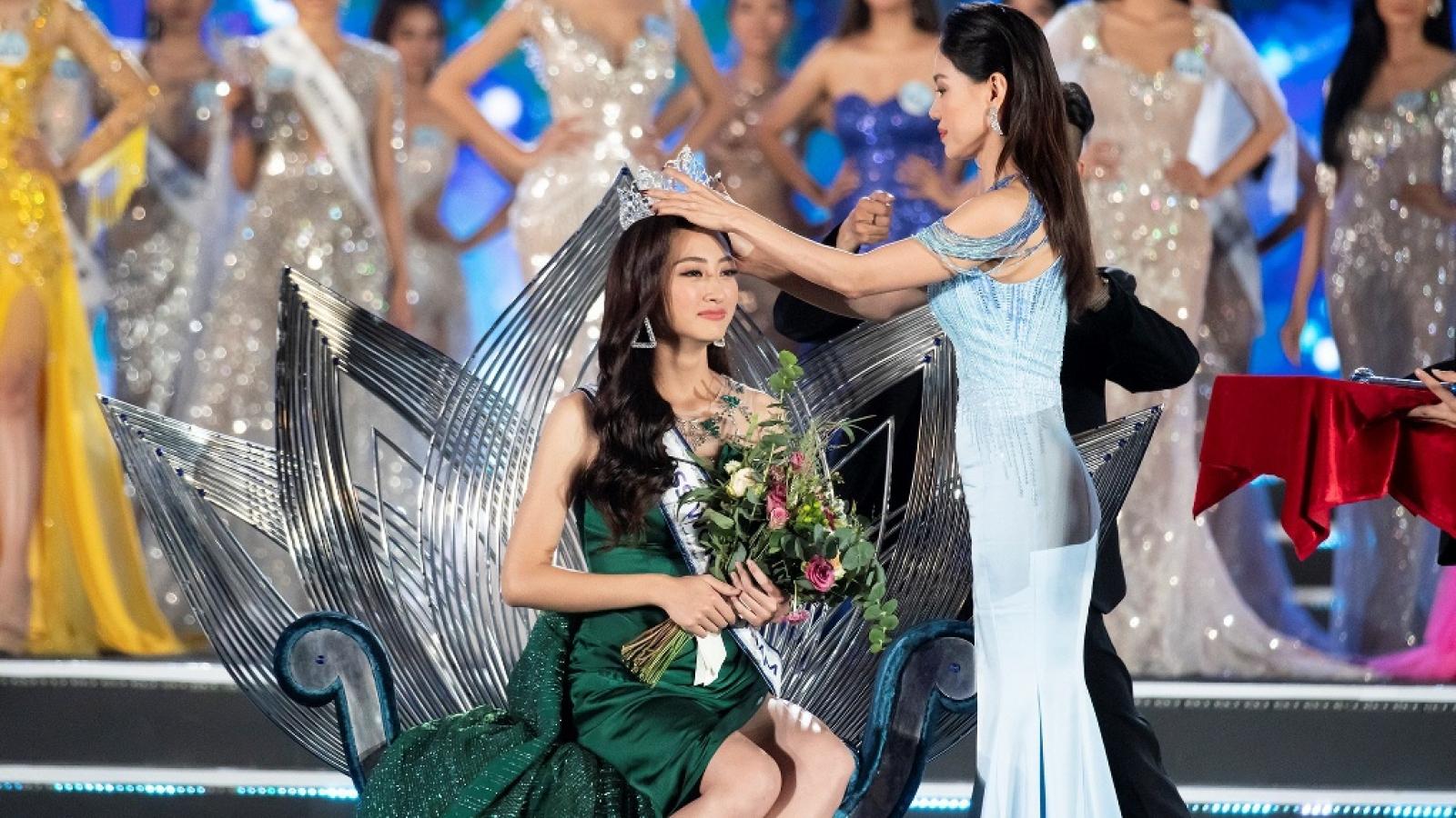 """Lương Thùy Linh: """"Tôi từng rất giằng xé vì bỗng nhiên trở thành Hoa hậu"""""""