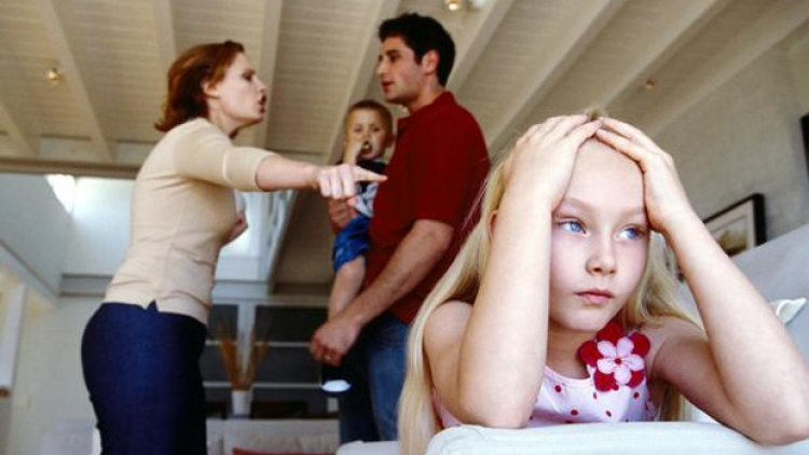 Làm sao để giải quyết mâu thuẫn gia đình?