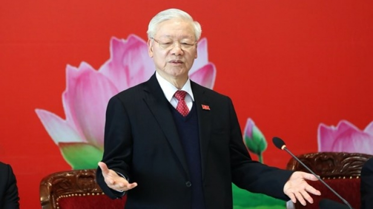 Party chief's article highlights experience in creative application of Marxism-Lennism