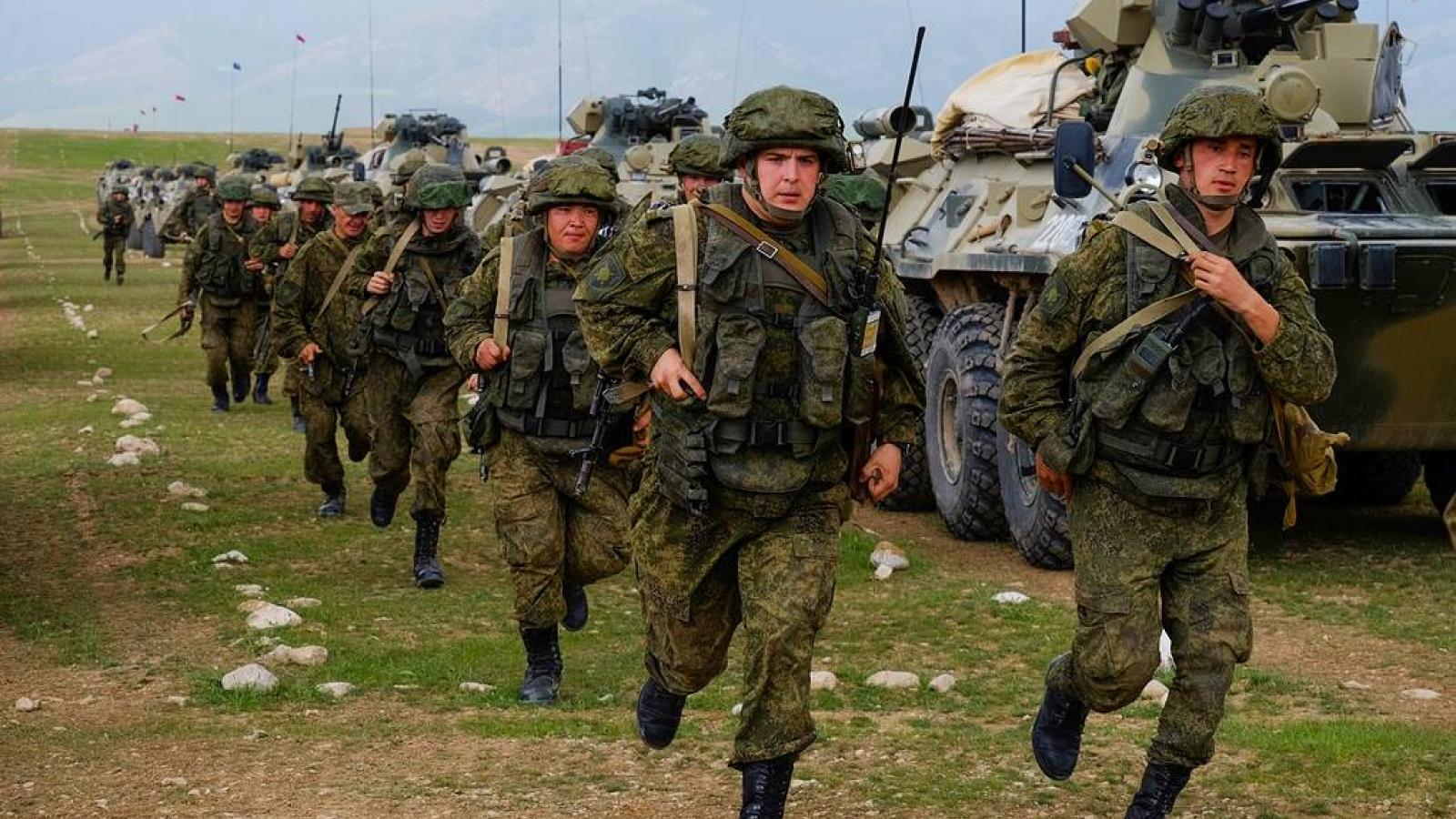 Tình hình Afghanistan ngày càng bất ổn, Nga dồn dập tập trận ở Trung Á