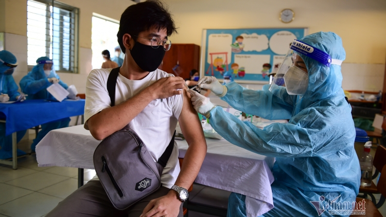 Nearly 1mln Vero Cell vaccine shots administered to HCM City residents