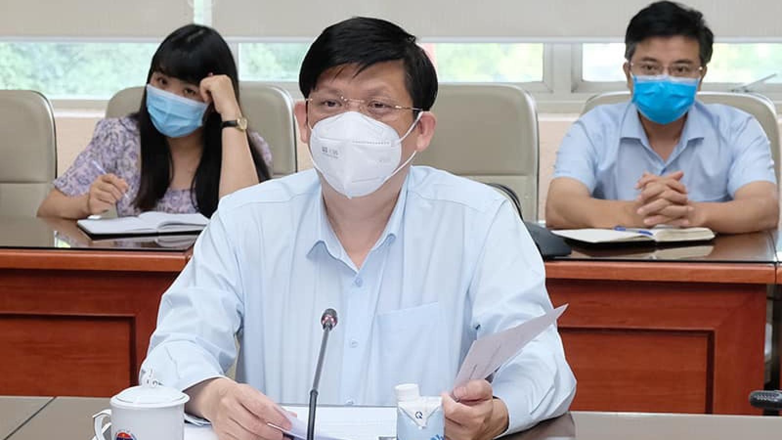 Việt Nam thiếu hụt nguồn cung vaccine COVID-19 trong tháng 8, 9