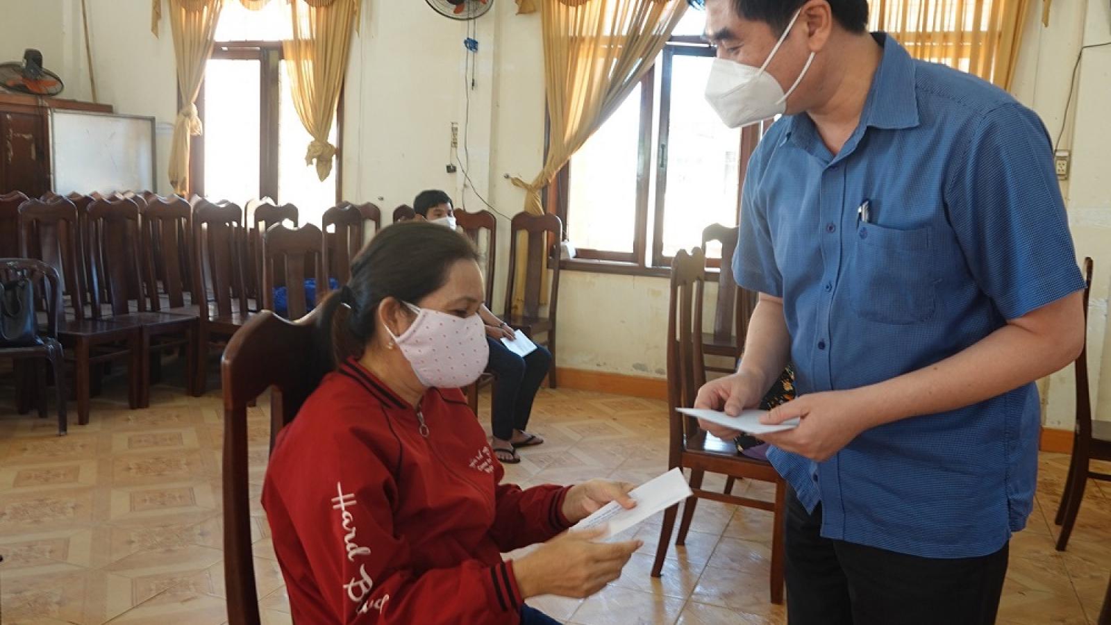 Nhiều doanh nghiệp ở Bình Định được vay tiền trả lương người lao động