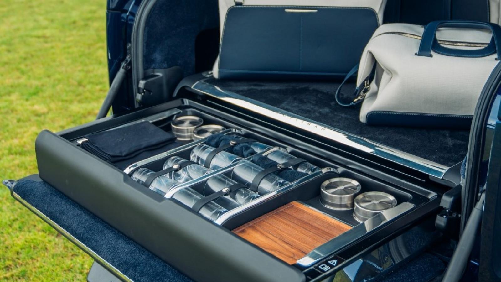 """SUV siêu sang Rolls-Royce Cullinan thêm tùy chọn """"sang chảnh"""" cho người thích dã ngoại"""