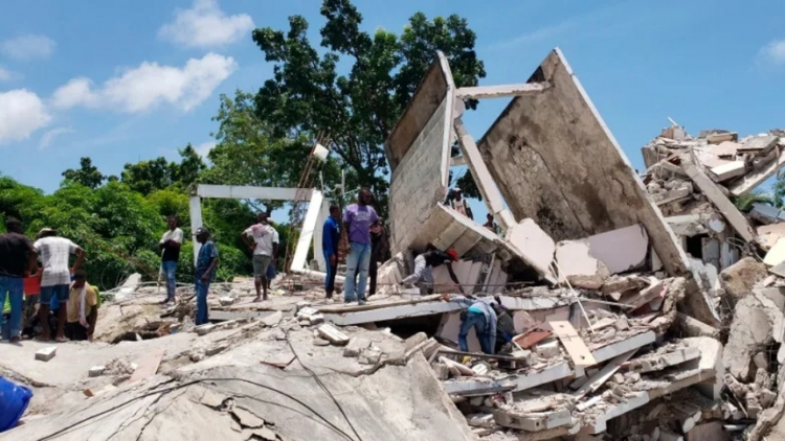 Haiti ban bố tình trạng khẩn cấp sau động đất 7,2 độ, lo sợ thảm kịch 2010 tái diễn
