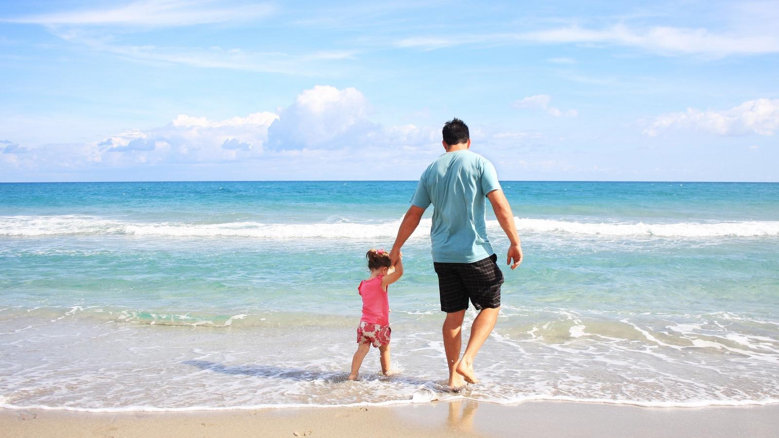 Nhữnglưu ý để có chuyến du lịch biển an toàn cho cả gia đình