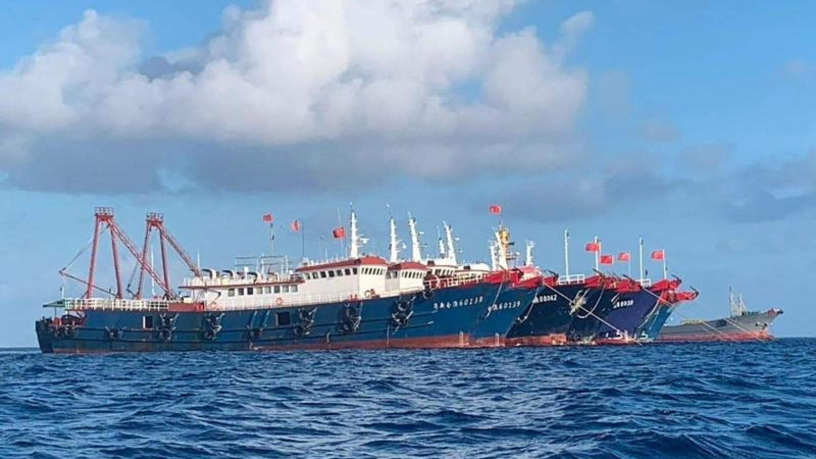 Philippines gửi công hàm phản đối Trung Quốc bắn pháo sáng vào máy bay quân sự