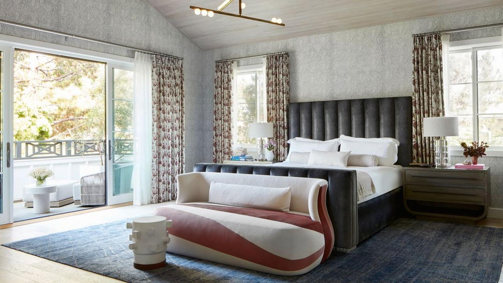 Làm thế nào để khiến phòng ngủ trông sang trọng?