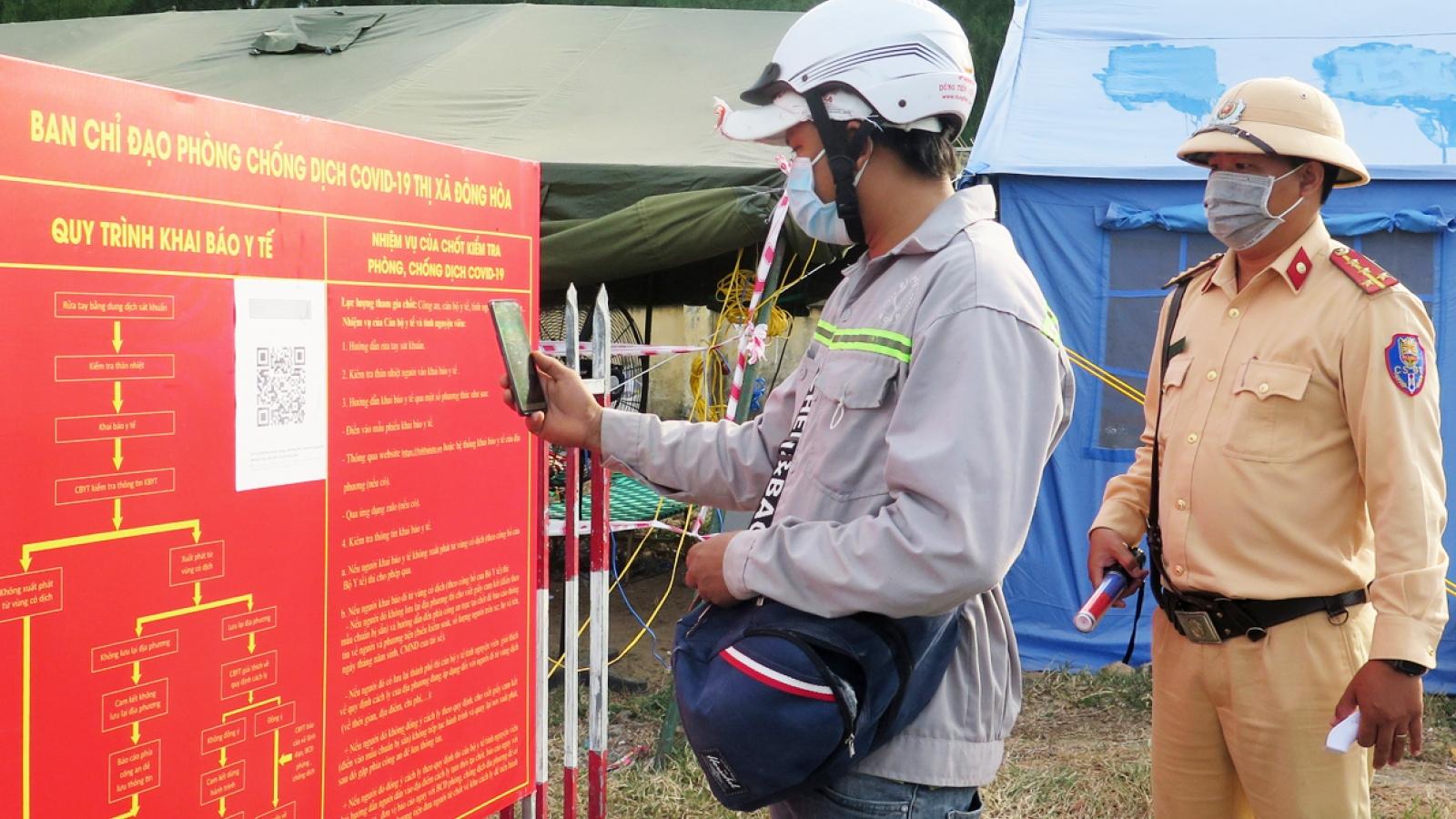 Phú Yên khuyến khích người dân khai báo y tế bằng QR Code