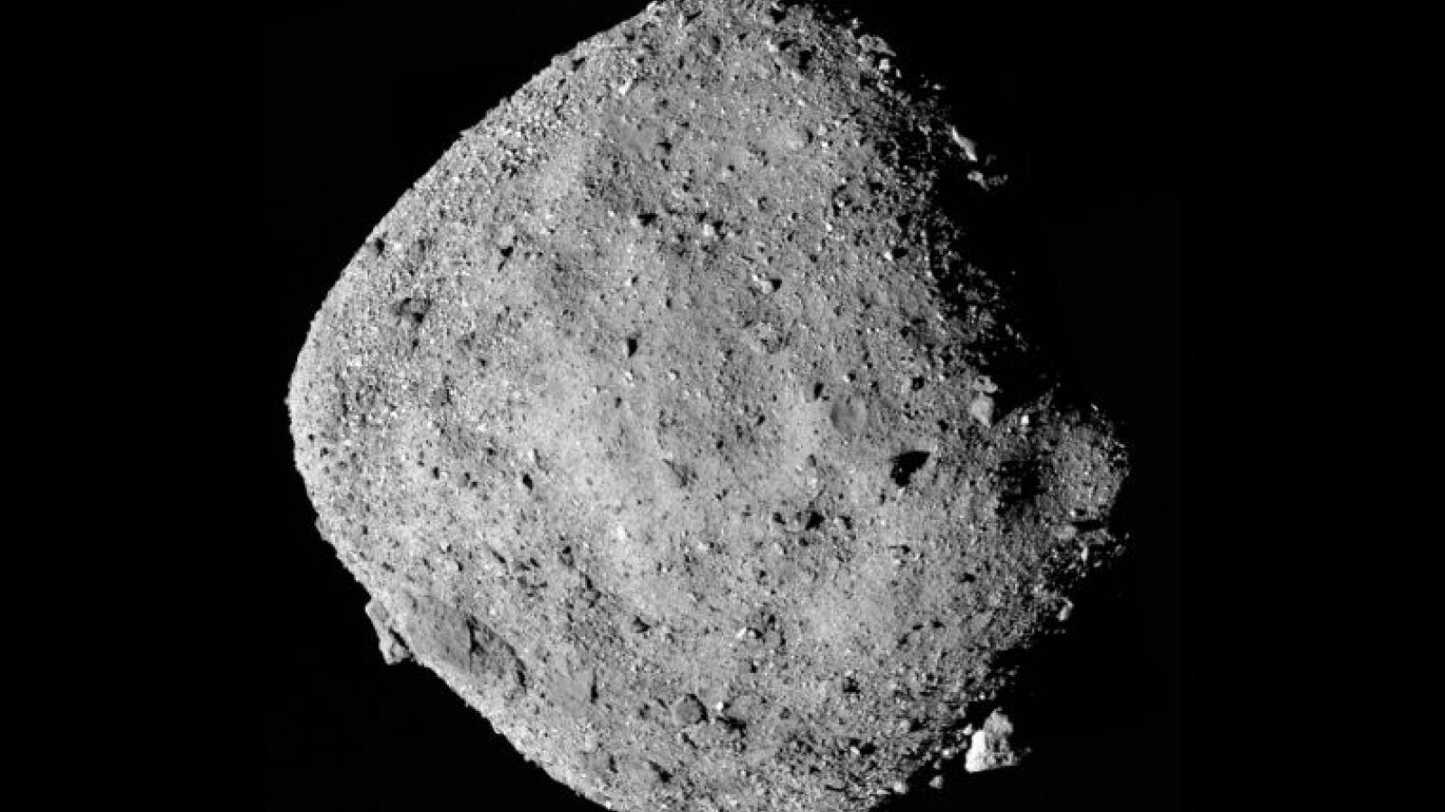 NASA phát hiện tiểu hành tinh Bennu có nguy cơ lao vào Trái đất