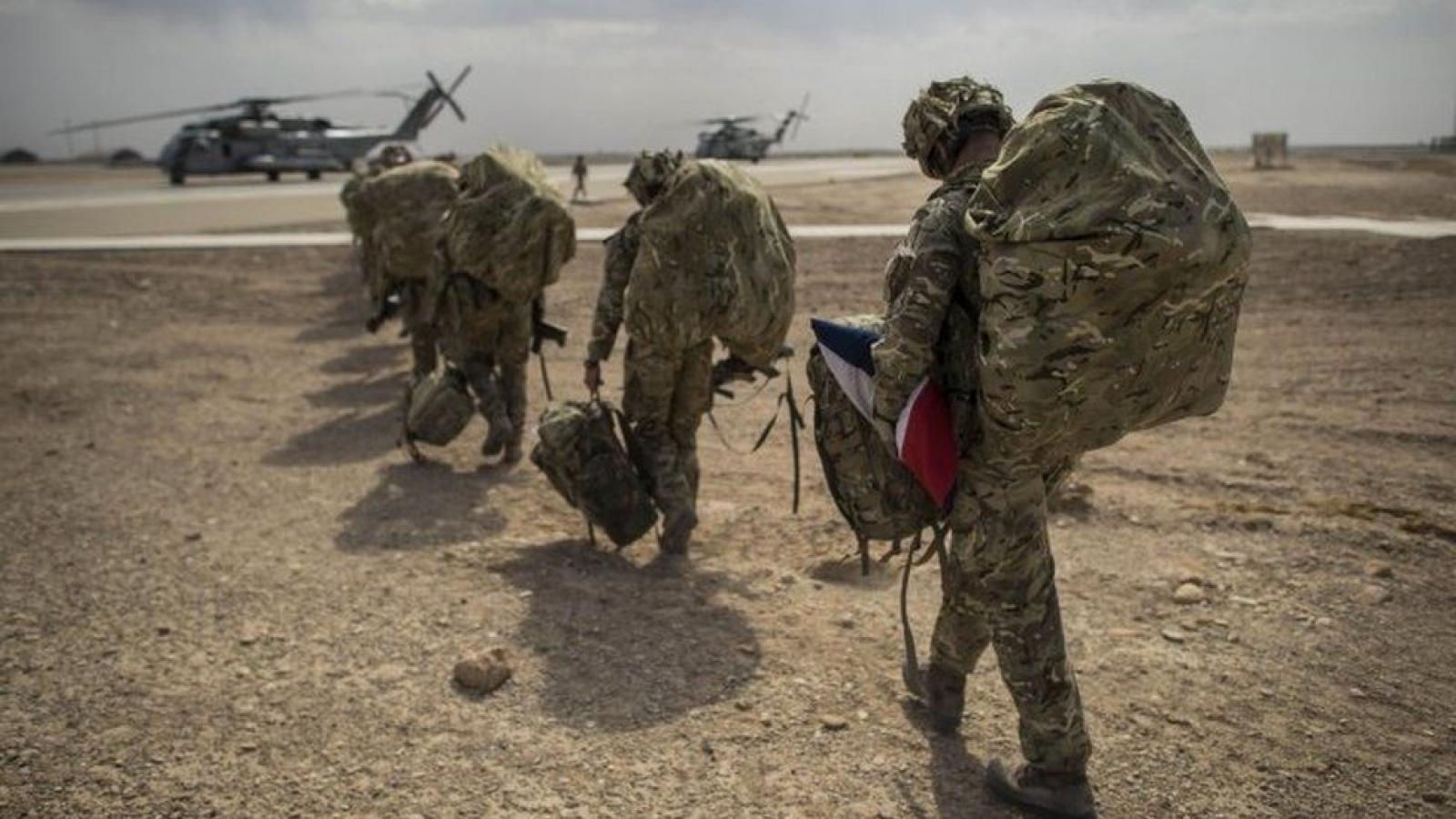"""Phương Tây """"bán tương lai"""" của Afghanistan, nhận về nguy cơ khủng bố?"""
