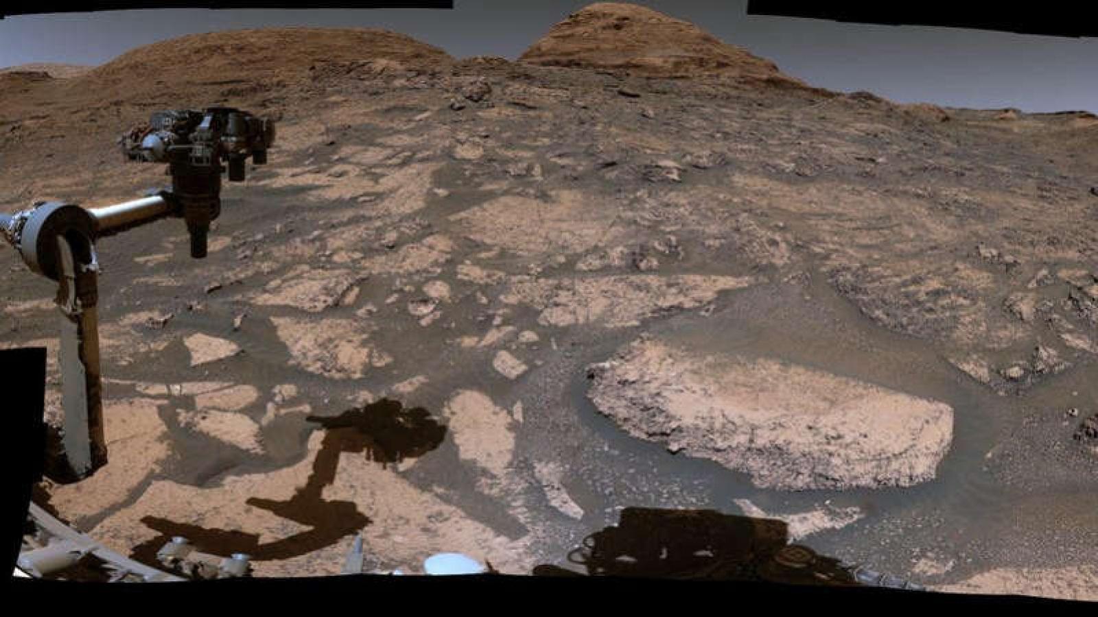 Những hình ảnh ấn tượng từ tàu thăm dò Curiosity về sự thay đổi trên sao Hỏa