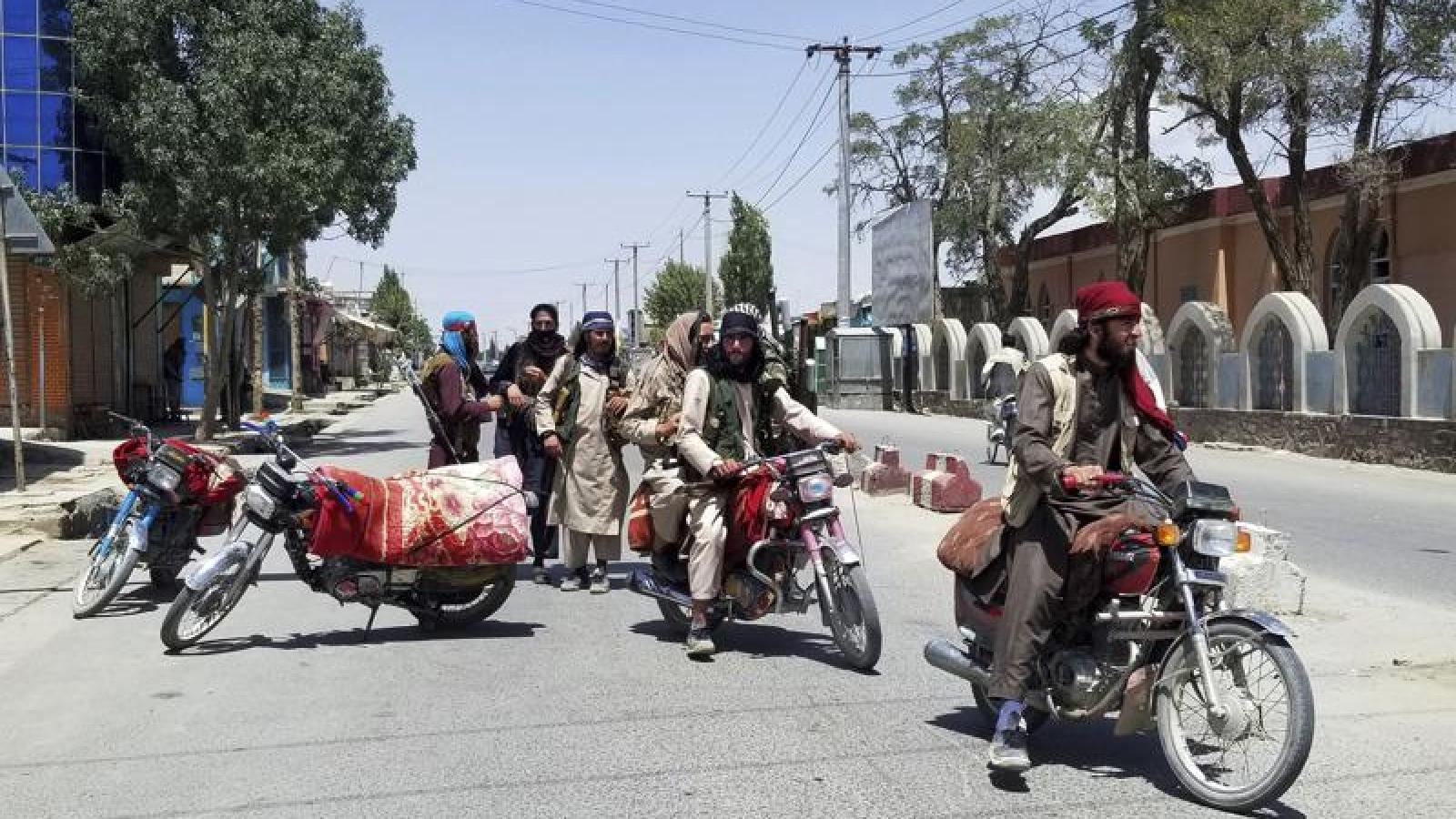 Vì sao lực lượng an ninh Afghanistan được Mỹ đầu tư mạnh vẫn thất bại trước Taliban?