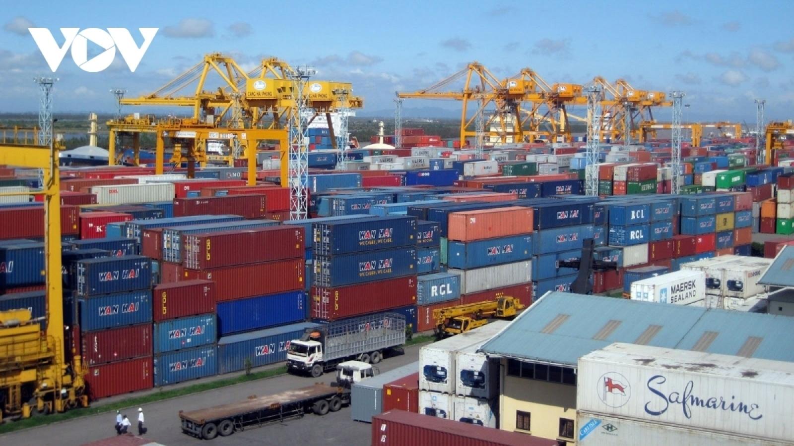 Tân Cảng Hiệp Phước tạm ngừng dịch vụ, xuất khẩu gạo gặp khó