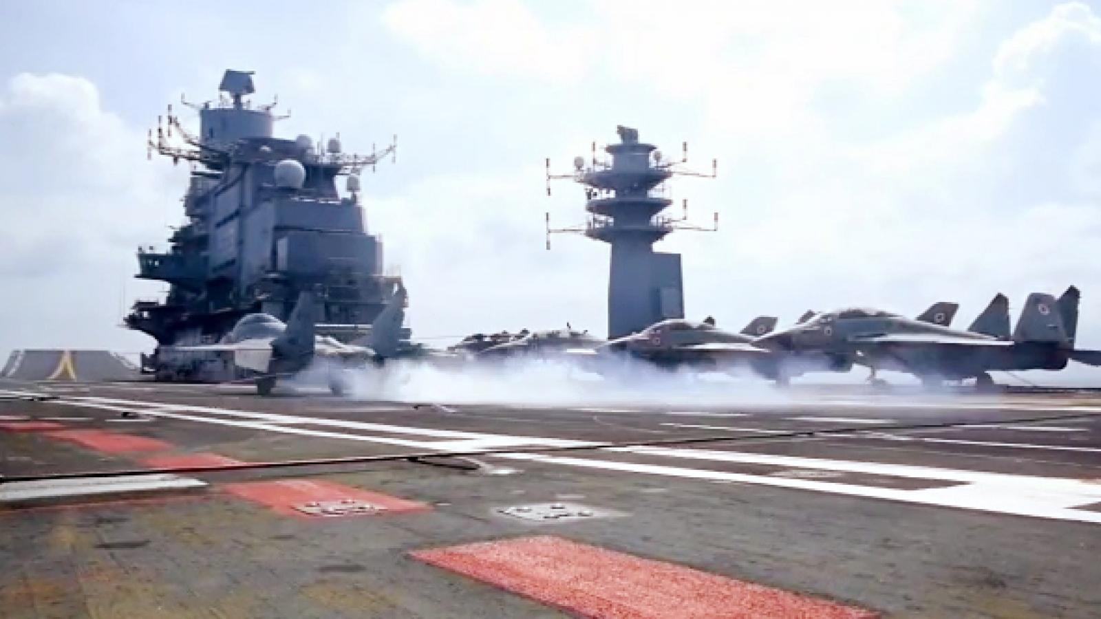Ấn Độ bắt đầu chạy thử tàu sân bay tự đóng đầu tiên