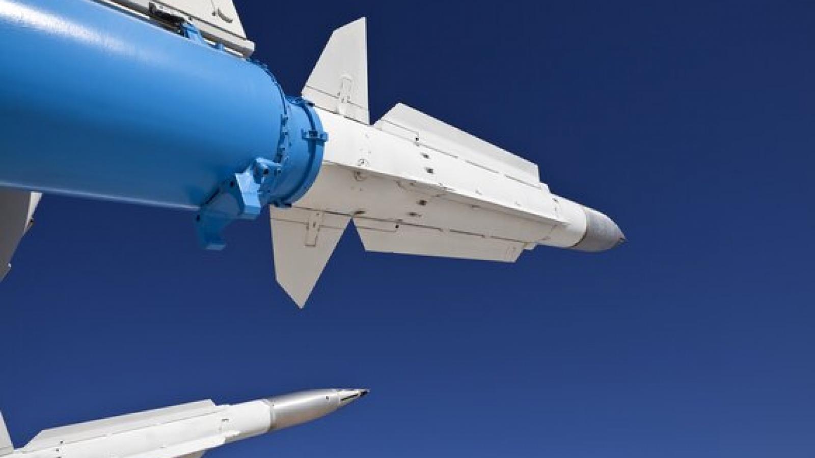 Nga chế tạo tên lửa siêu thanh tầm xa X-95
