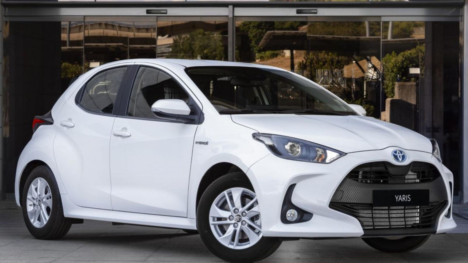 Toyota Yaris ECOVan xe thương mại động cơ hybrid cốp lớn