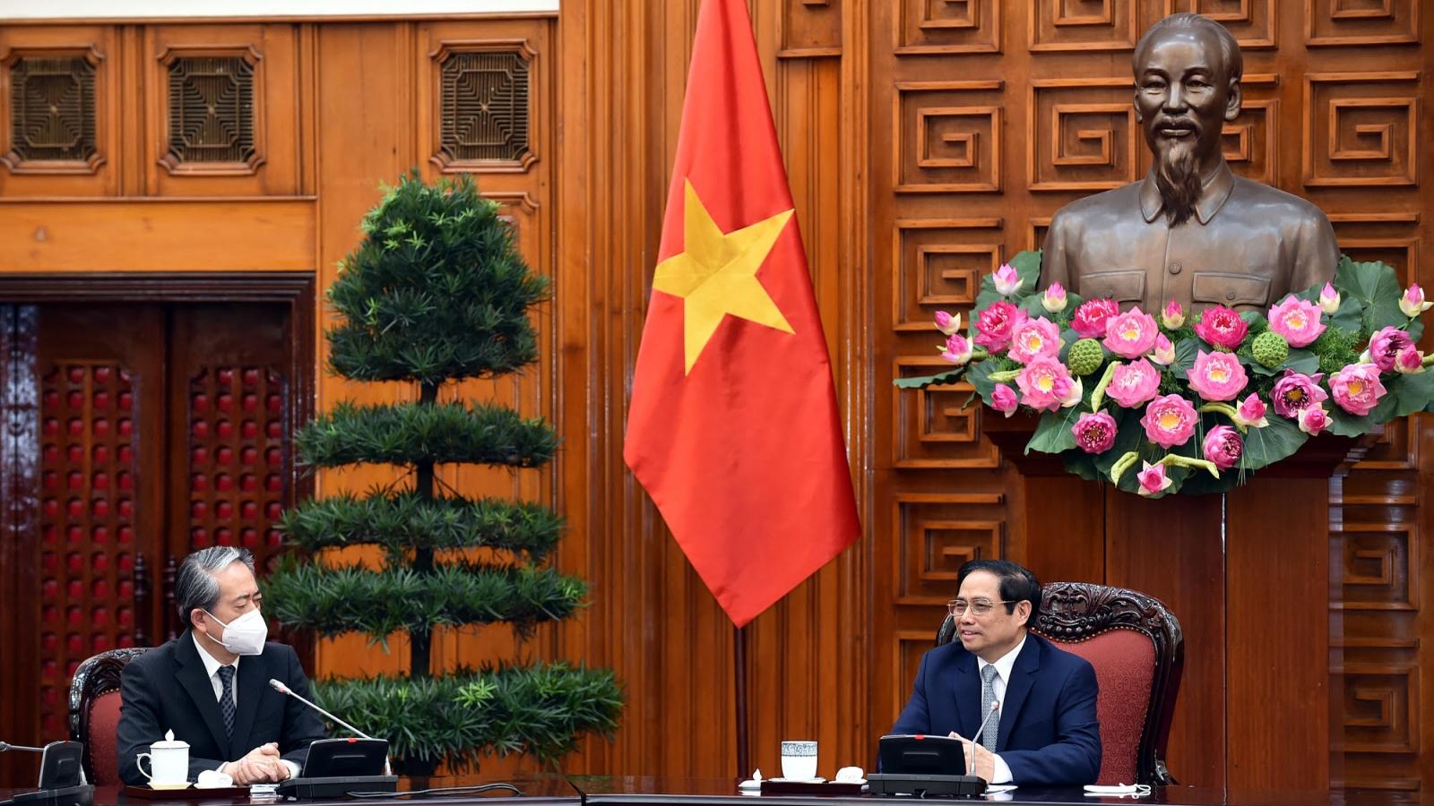 Thủ tướng Chính phủ Phạm Minh Chính tiếp Đại sứ Trung Quốc tại Việt Nam