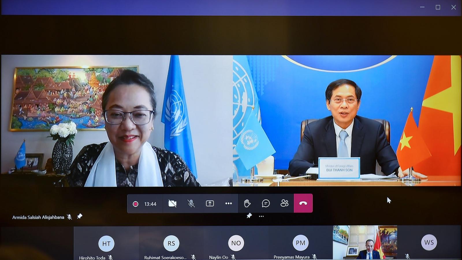 Bộ trưởng Ngoại giao Bùi Thanh Sơn hội đàm trực tuyến với Phó Tổng thư ký Liên hợp quốc