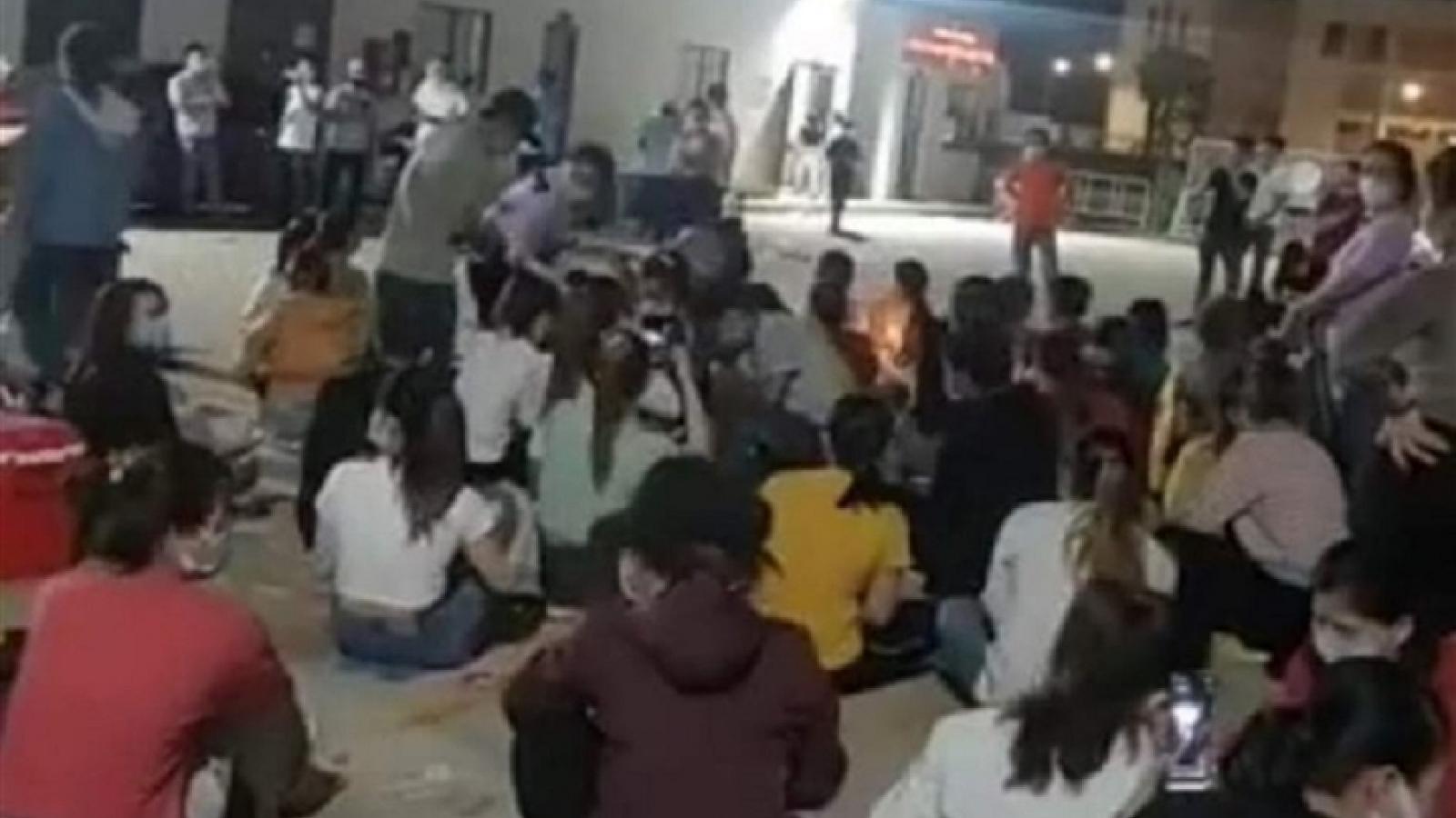 Xử phạt doanh nghiệp ở Quảng Ngãi để công nhân tụ tập hát karaoke