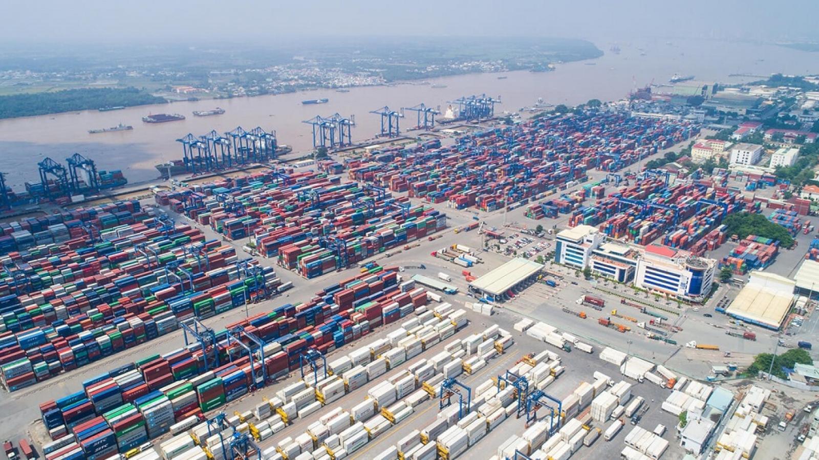 Hàng hóa ùn tắc tại cảng Cát Lái, Bộ Tài chính đề nghị Bộ GTVT phối hợp giải quyết