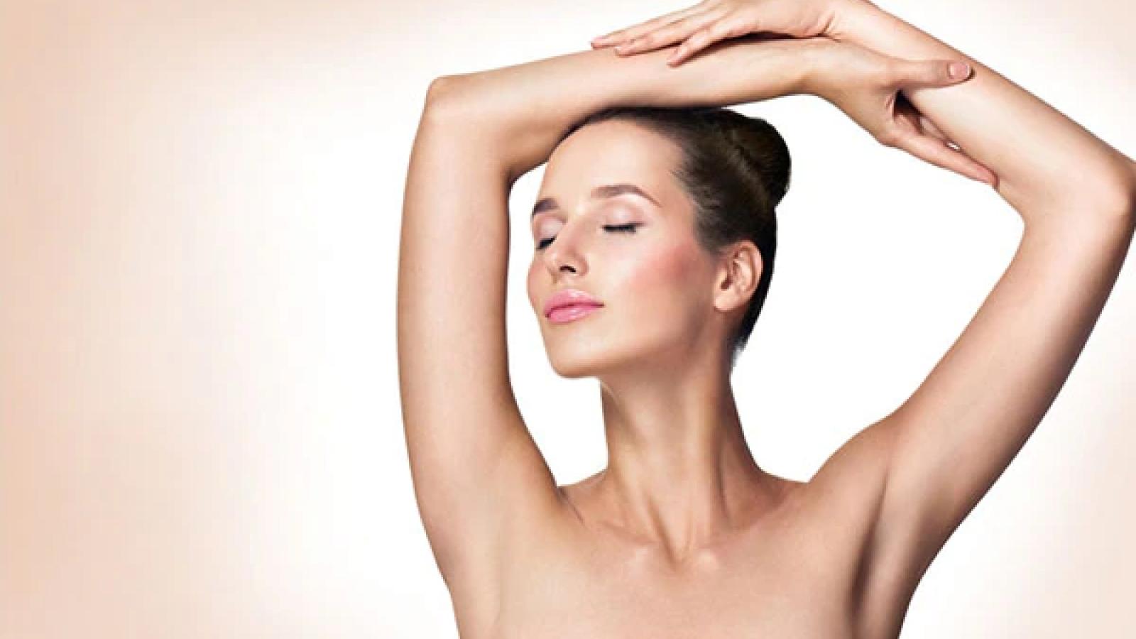 9 bí kíp tự nhiên giúp giảm thâm vùng da dưới cánh tay